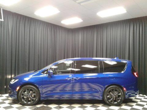 Ocean Blue Metallic 2019 Chrysler Pacifica Touring Plus