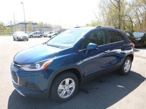Pacific Blue Metallic 2019 Chevrolet Trax LT AWD