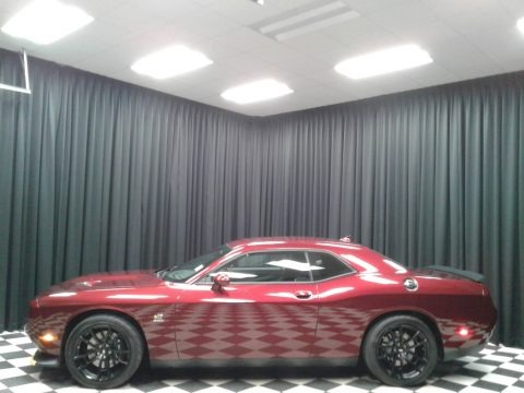 Octane Red Pearl 2019 Dodge Challenger R/T Scat Pack