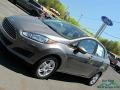 Ford Fiesta SE Sedan Magnetic photo #29