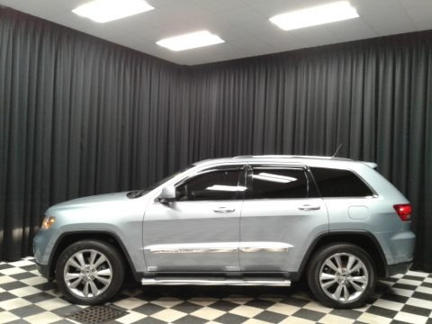 Winter Chill 2012 Jeep Grand Cherokee Laredo 4x4