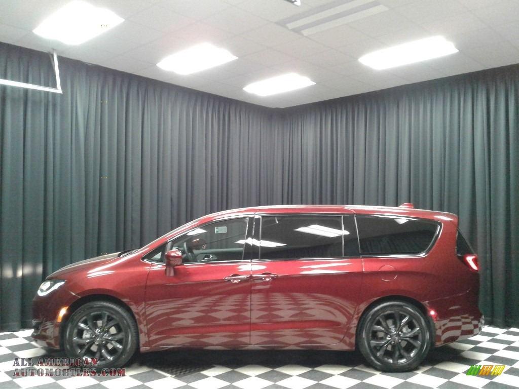 Velvet Red Pearl / Black/Black Chrysler Pacifica Touring Plus