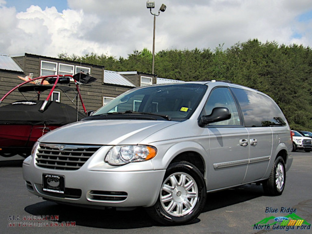 Bright Silver Metallic / Medium Slate Gray Chrysler Town & Country Touring