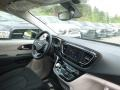 Chrysler Pacifica Touring Plus Brilliant Black Crystal Pearl photo #10