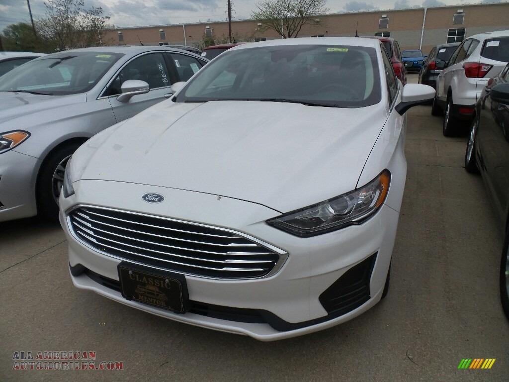 2019 Fusion Hybrid SE - White Platinum / Ebony photo #1