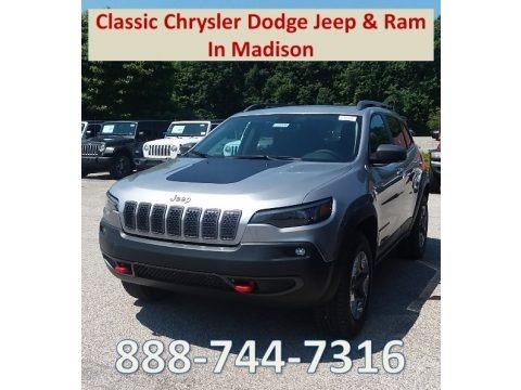 Billet Silver Metallic 2019 Jeep Cherokee Trailhawk 4x4