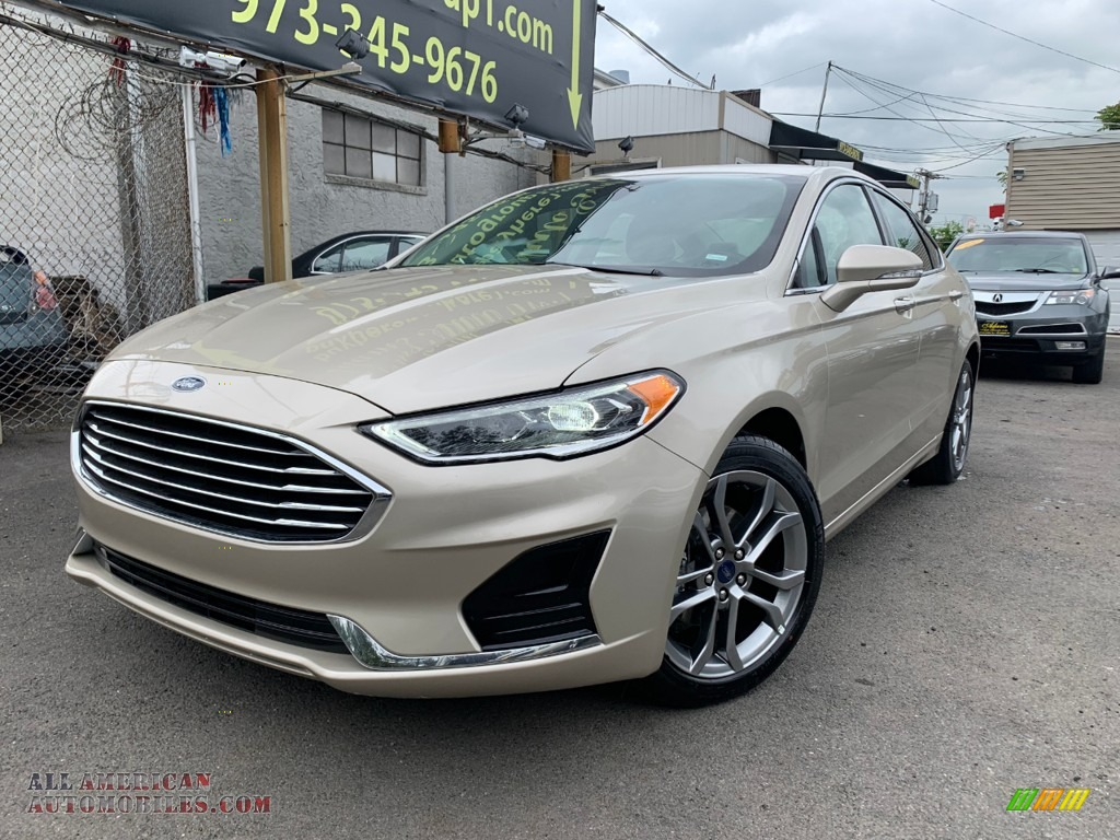 2019 Fusion SEL - White Gold / Medium Light Stone photo #1
