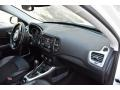Jeep Compass Latitude 4x4 Bright White photo #16