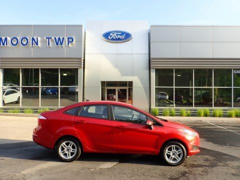 Hot Pepper Red 2018 Ford Fiesta SE Sedan