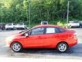 Ford Fiesta SE Sedan Hot Pepper Red photo #6