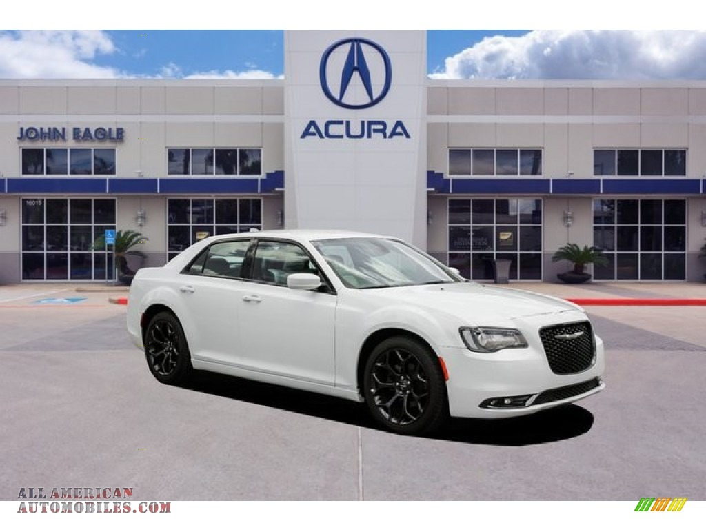 Bright White / Smoke/Black Chrysler 300 S