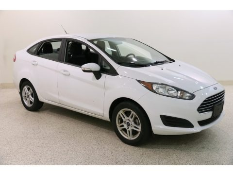 Oxford White 2018 Ford Fiesta SE Sedan