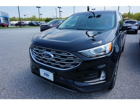 Agate Black 2019 Ford Edge Titanium AWD