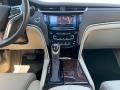 Cadillac XTS Luxury Sedan Crystal White Tricoat photo #17