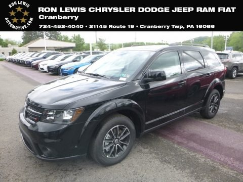 Pitch Black 2019 Dodge Journey SE
