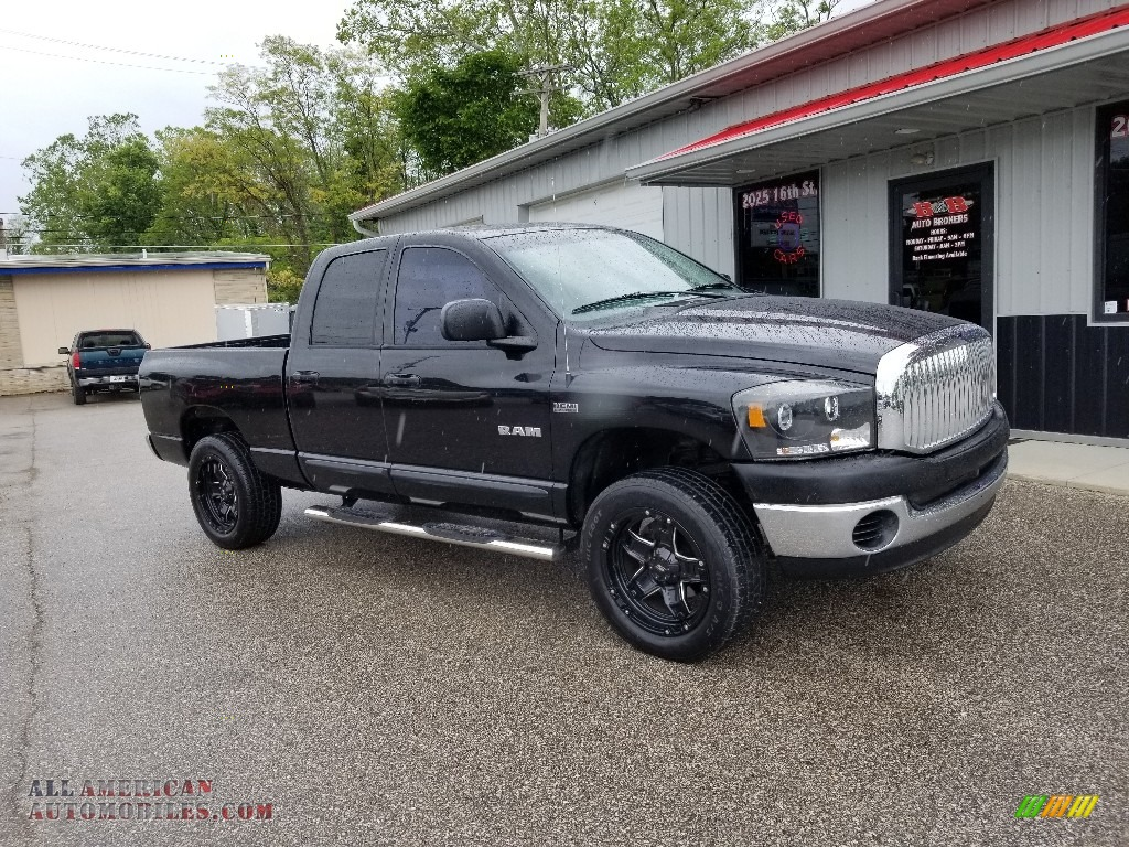 Brilliant Black Crystal Pearl / Medium Slate Gray Dodge Ram 1500 SLT Quad Cab 4x4