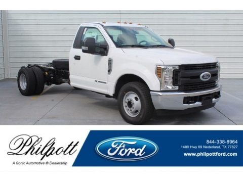 Oxford White 2019 Ford F350 Super Duty XL Regular Cab Chassis