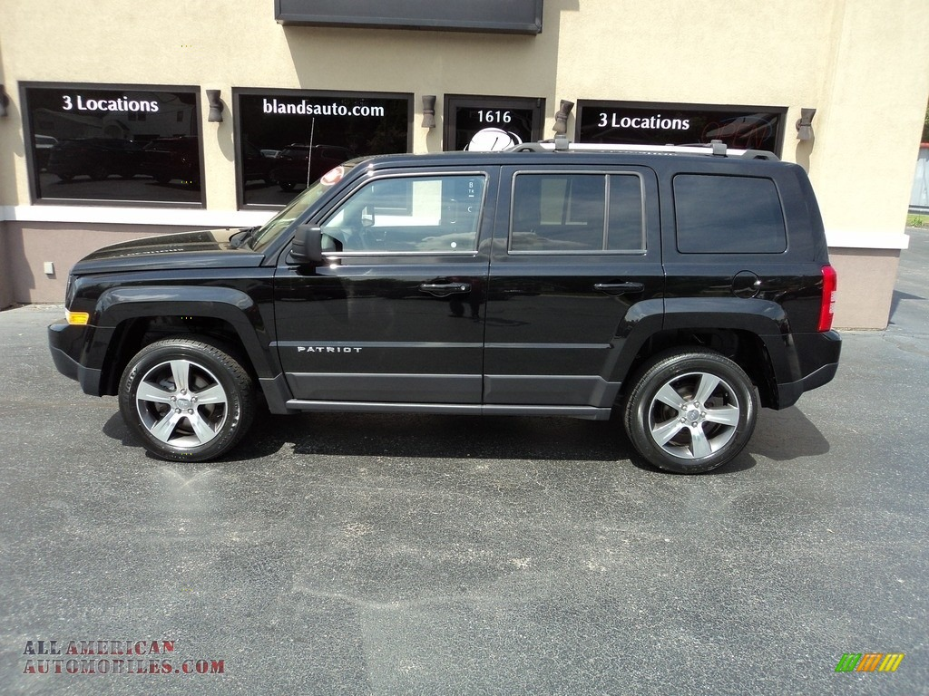 Black / Light Pebble Beige/Dark Slate Gray Jeep Patriot High Altitude 4x4