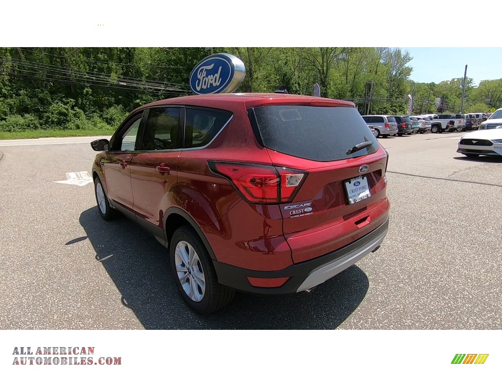 2019 Escape SE 4WD - Ruby Red / Chromite Gray/Charcoal Black photo #5