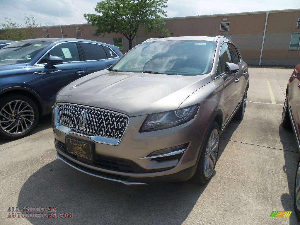 Iced Mocha Metallic / Cappuccino Lincoln MKC Reserve AWD