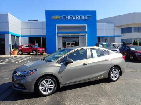 Pepperdust Metallic 2017 Chevrolet Cruze LT