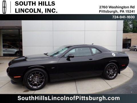 Pitch Black 2018 Dodge Challenger GT AWD