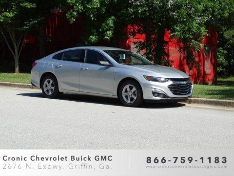 Silver Ice Metallic 2019 Chevrolet Malibu LS