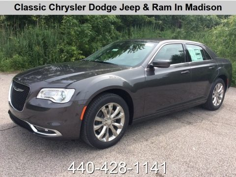 Granite Crystal Metallic 2019 Chrysler 300 Touring AWD