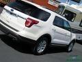 Ford Explorer XLT Oxford White photo #32