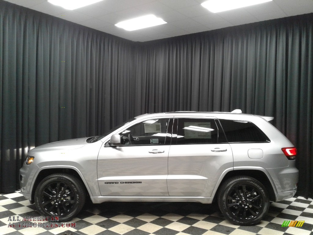 2019 Grand Cherokee Altitude 4x4 - Billet Silver Metallic / Black photo #1