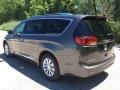 Chrysler Pacifica Touring L Granite Crystal Metallic photo #4