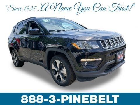 Diamond Black Crystal Pearl 2019 Jeep Compass Latitude 4x4