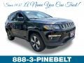 Jeep Compass Latitude 4x4 Diamond Black Crystal Pearl photo #1