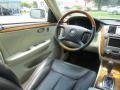 Cadillac DTS Platinum White Diamond Tricoat photo #12