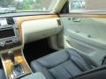 Cadillac DTS Platinum White Diamond Tricoat photo #14