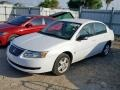 Saturn ION 2 Sedan Polar White photo #2