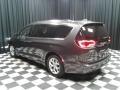 Chrysler Pacifica Touring L Granite Crystal Metallic photo #8