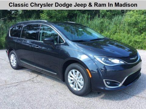 Maximum Steel Metallic 2019 Chrysler Pacifica Touring L