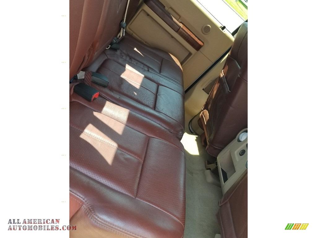 2014 F350 Super Duty Lariat Crew Cab 4x4 - Oxford White / Platinum Pecan Leather photo #26