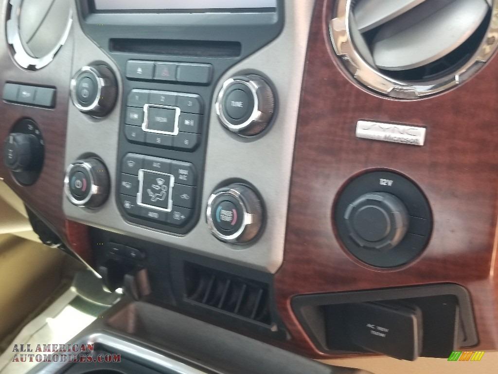 2014 F350 Super Duty Lariat Crew Cab 4x4 - Oxford White / Platinum Pecan Leather photo #28
