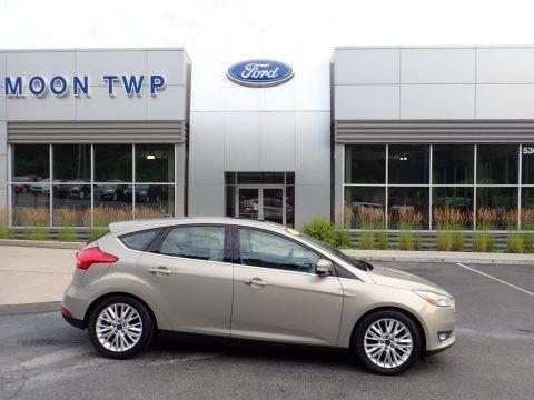 Stealth Gray 2016 Ford Focus Titanium Hatch