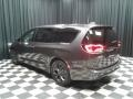 Chrysler Pacifica Touring Plus Granite Crystal Metallic photo #8