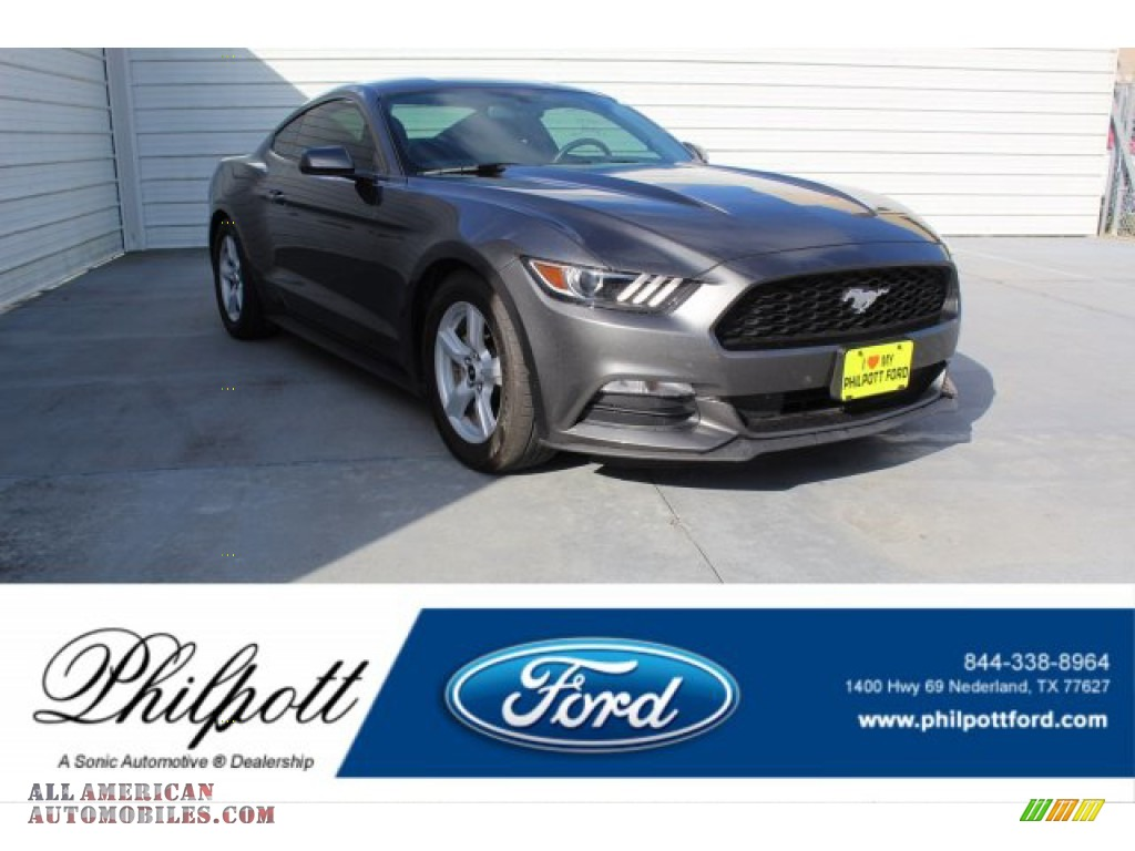 Avalanche Gray / Ebony Ford Mustang V6 Coupe