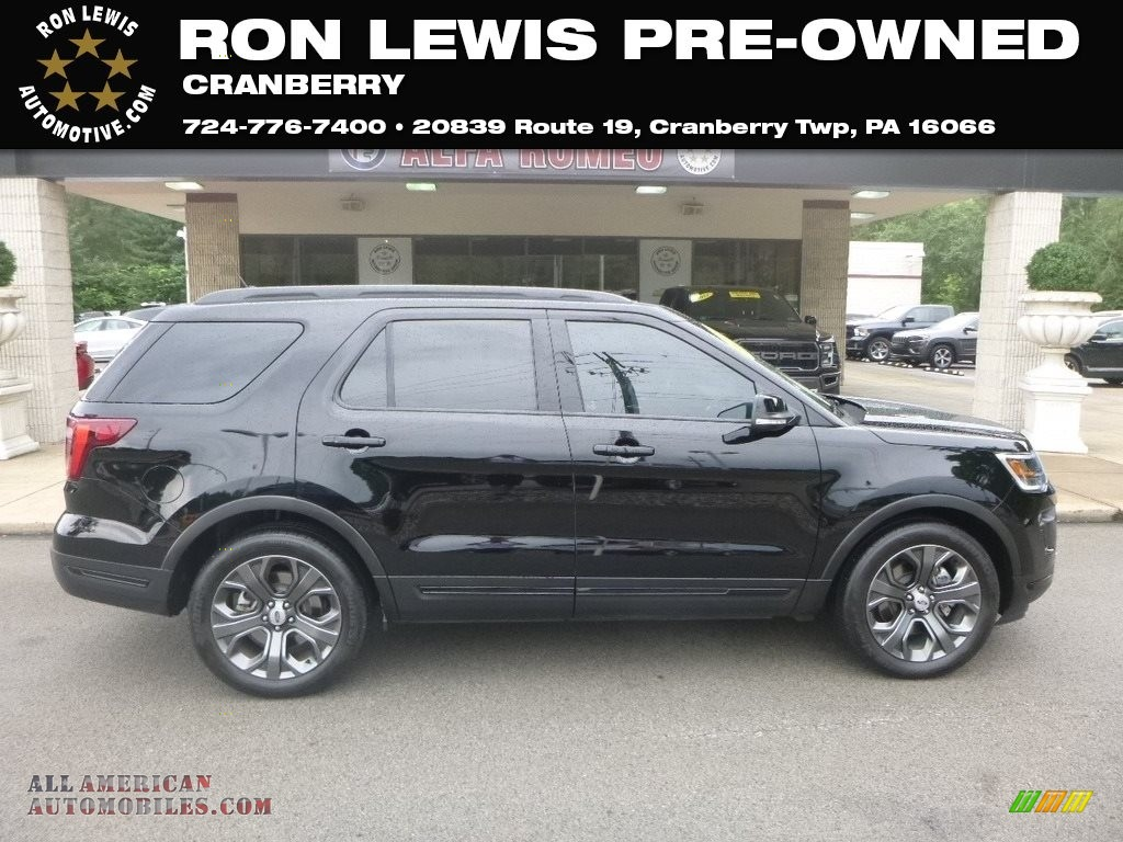 Shadow Black / Ebony Black Ford Explorer Sport 4WD
