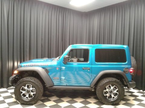 Bikini Pearl 2019 Jeep Wrangler Rubicon 4x4