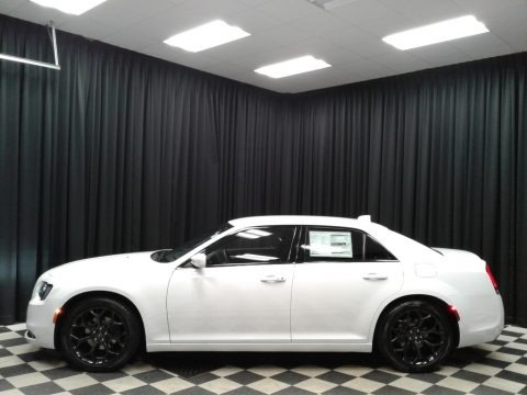 Bright White 2019 Chrysler 300 S