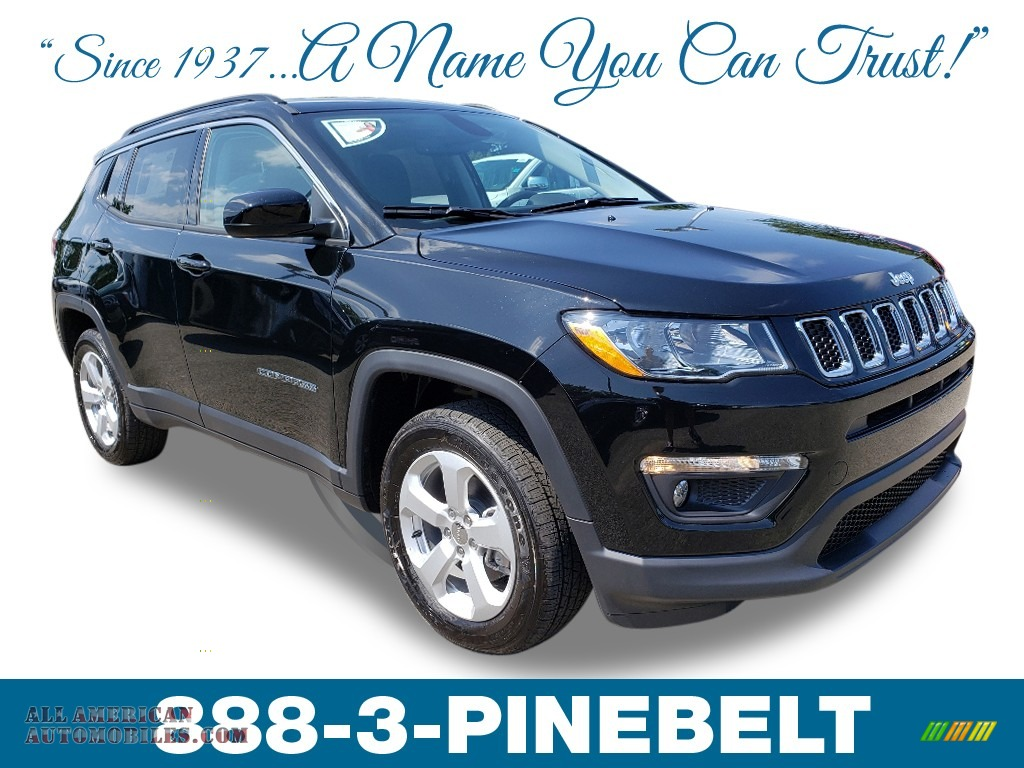 Diamond Black Crystal Pearl / Black Jeep Compass Latitude 4x4