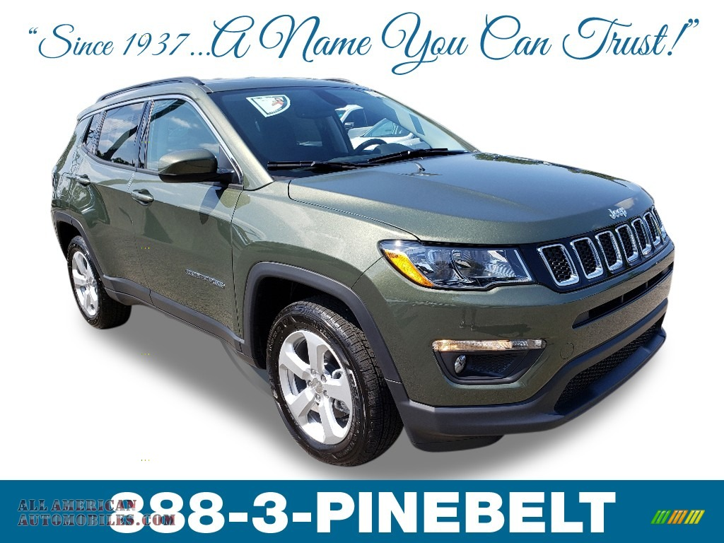 Olive Green Pearl / Black Jeep Compass Latitude 4x4