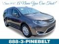 Chrysler Pacifica Touring L Granite Crystal Metallic photo #1