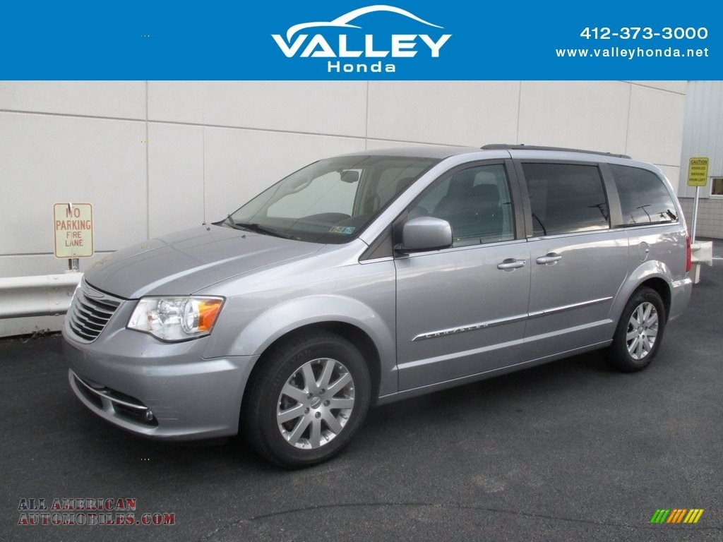 2013 Town & Country Touring - Billet Silver Metallic / Black/Light Graystone photo #1